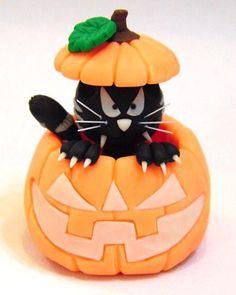 Air Dry Clay Tutorials: Halloween Cat in a Pumpkin