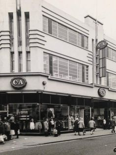 C&A ws an important clothes shop for the area - it was close to the Prince of Wales Cinema in Lewisham High Street (that is a bit out of the very centre - towards Catford) London Pictures, London Photos, Old Pictures, London History, Local History, Vintage London, Old London, Mod Girl, Bethnal Green