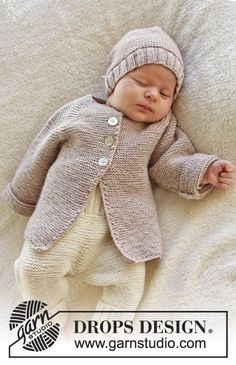 "Sleep Tight / DROPS Baby - Free knitting patterns by DROPS Design Knitted DROPS jacket in garter st with raglan in ""Baby Merino"". Baby Knitting Patterns, Knitting For Kids, Baby Patterns, Free Knitting, Crochet Jacket Pattern, Cardigan Pattern, Drops Baby, Knitted Baby Cardigan, Wrap Cardigan"