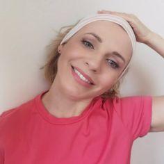 Uvoľnená spodná kontúra tváre, ako ju spevniť a zabrániť jej ovísaniu - AntiAge.sk Anti Aging, T Shirts For Women, Beauty, Fitness, Fashion, Lipstick, Moda, Fashion Styles, Beauty Illustration