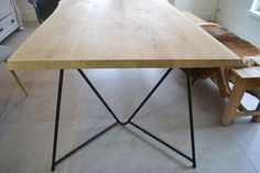 Eiken boomstamtafel Vlak Eigenzinnig Dining Table, Furniture, Home Decor, Dinner Table, Eten, Garten, Decoration Home, Room Decor, Home Furnishings