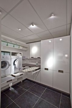Practical Home laundry room design ideas 2018 Laundry room decor Small laundry room ideas Laundry room makeover Laundry room cabinets Laundry room shelves Laundry closet ideas Pedestals Stairs Shape Renters Boiler Laundry Room Layouts, Small Laundry Rooms, Laundry Room Organization, Laundry In Bathroom, Organization Ideas, Laundry Sorter, Laundy Room, Drying Room, Basement Laundry