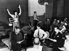 "The Infamous ""War of the Worlds"" Radio Broadcast Was a Magnificent Fluke 