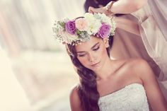 Sometimes, a beautiful flower headpiece is enough for the wedding accessory.