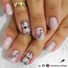 15 Trending Nail Designs That You Will Love! Valentine Nail Art, Manicure Y Pedicure, Nail Art Videos, Best Nail Art Designs, Luxury Nails, Get Nails, Square Nails, Holiday Nails, Trendy Nails