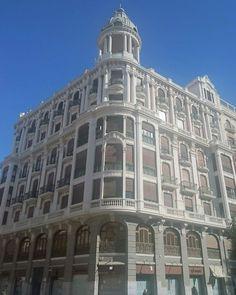Casa Cerdá en Plaza de Santo Domingo en #Murcia.  #Arquitectura ecléctica del siglo XX.