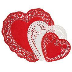 Heart Shaped Paper Doilies 24 Pack   Poundland
