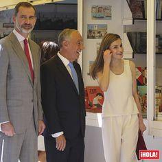 Los Reyes han inaugurado la Feria del Libro en Madrid acompañados por el presidente de Portugal, Marcelo Rebelo de Sousa, que realiza su primera visita oficial a España. 📖📚 #reyes #reyfelipe #reinaletizia #rey #reina #feriadellibro #madrid #libros #marcelorebelodesousa