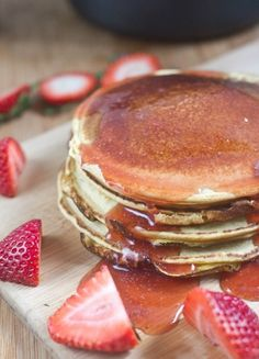 Homemade Strawberry Syrup - http://www.jellypin.com/homemade-strawberry-syrup/