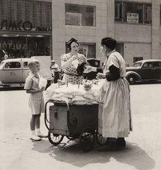 Pretzel Lady, 1940s  #vintagephotos