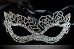 Lara Leaf Cluster Silver Masquerade Mask | Cystal