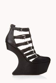Bold Heel-Less Wedges €38,90 10/8/40