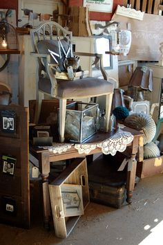 Vintage Junky's Booth at Bella Rustica Barn Show | by vintagejunkystyle