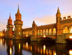 Oberbaumbrücke in Berlin, connecting the districts of Kreuzberg and Friedrichshain Man, why is everything prettier in Germany. Hotel Berlin, Berlin City, Berlin Wall, Berlin Berlin, Berlin Sights, Germania Berlin, Berlin Travel, Germany Travel, Belle Villa