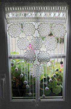 Занавеска Decor, Lace Curtains, Crochet Home Decor, Diy Curtains, Hanging Decor, Cool Curtains, Chic Bedroom Decor, Curtain Decor, Curtain Designs