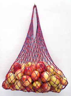 Farmers Market Bag - Reusable Cotton Grocery Tote - Tweed Use these cute bags to stock up on awesome veggies, fruit or any other cool finds! These eco - friendly bags would also be great for the beach, laundry, crafts or picnics! Tweed, Farmers Market, Crochet Market Bag, Eco Friendly Bags, Net Bag, String Bag, Filets, Cute Bags, Cotton Bag
