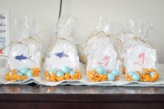 Here you'll find instructions, sources, and ideas for a shark party, mermaid party, or under the sea party. Twin Birthday Parties, Birthday Fun, Birthday Ideas, Mermaid Party Favors, Mermaid Parties, Little Mermaid Birthday, Shark Party, Under The Sea Party, Party Entertainment