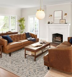 Marin Hand-Knotted Rug x Brown Leather Couch Living Room, Rugs In Living Room, Home And Living, Brown And Blue Living Room, Modern Living, Living Room Designs, Bedroom Seating, Interior Exterior, Family Room
