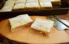 Plăcintă cu mere și foietaj simplu de casă - Rețete Merișor Vegan Sweets, Sweets Recipes, Desserts, Biscotti, Cornbread, French Toast, Breakfast, Ethnic Recipes, Food