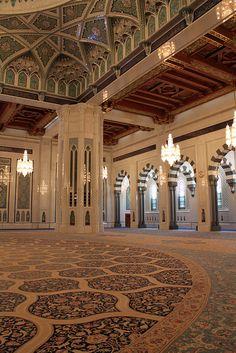 Sultan Qaboos Mosque - Muscat, Oman