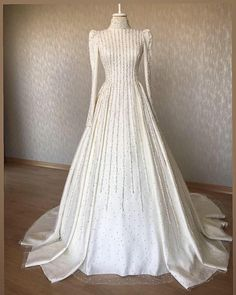 There are different rumors about the history of the marriage dress; Muslimah Wedding Dress, Wedding Dress Necklines, Disney Wedding Dresses, Pakistani Wedding Dresses, Wedding Dress Sleeves, Modest Wedding Dresses, Bridal Dresses, Fashion Drawing Dresses, Fashion Dresses