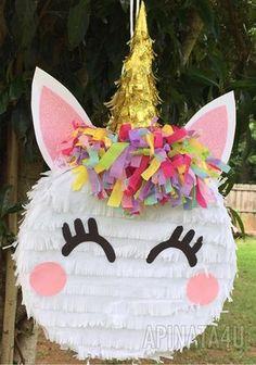 How to Make a Unicorn Pinata 1st Birthday Parties, Birthday Party Decorations, Birthday Ideas, Little Pony Birthday Party, 10th Birthday, Diy Birthday, Unicorn Pinata, Unicorn Themed Birthday, Unicorn Crafts