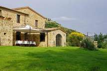 Podere Montalcino — a vacation rental in Siena, Tuscany, Italy. The converted farmhouse is surrounded by olive groves and vineyards, and offers a peaceful, private setting. Villas In Italy, Luxury Accommodation, Vacation Villas, Vacation Rentals, Siena, Vacation Apartments, Ideal Home, Rustic, Mansions