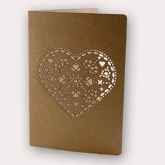 Heart card from kraft paper made with a lasercutter by De Boktor En Zijn Baasje!
