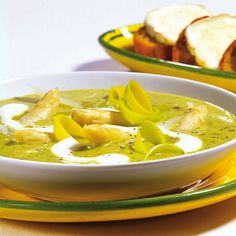 Suppen + Vorspeisen