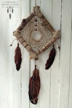 VK is the largest European social network with more than 100 million active users. Beautiful Dream Catchers, Dream Catcher Art, Dreamcatchers, Diy And Crafts, Arts And Crafts, Feather Art, Boho Diy, String Art, Homemade Gifts