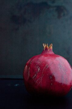 Pomegranate by Elise Bauer, via Flickr... cut and prepared an actual pom tonight..now to find some recipes