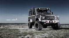 "Land Rover Defender (via 500px / Photo ""defender 4x4"" by eastandsthlm)"