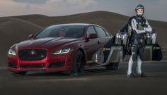 Jaguar XJR vs Uomo Jet, sfida affascinante nel deserto di Dubai