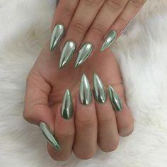 Emerald Chrome  for @luviest #chromenails