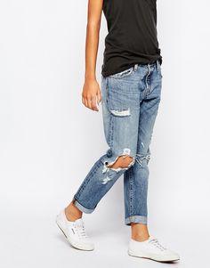 Levis 501 Ct Destroyed Boyfriend Jeans