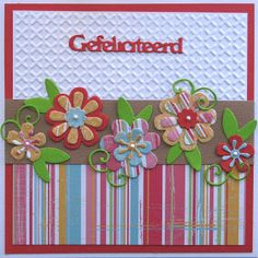 Dit vrolijke bloemenkaartje heb ik gemaakt met de nieuwste bloemetjes en papier van MDesign.   De mallen zijn heel leuk om te combineren.  ...