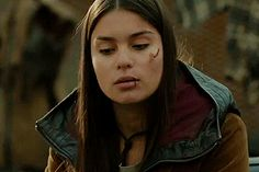 She kills the mutt, sets her broken arm with a few sticks and a strip of cloth, and uses some nearby ants as sutures for the deep cuts on her legs and belly Story Inspiration, Character Inspiration, Devery Jacobs, Celine, Percy Jackson Quotes, Piper Mclean, Jason Grace, Bad Girls Club, Young Justice