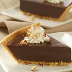 Chocolate Satin Pie (Easy; 10 servings) #chocolate #pie