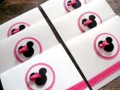 A set of Hot Pink Minnie Mouse Birthday Thank you/Invitation/baby Shower Handmade NoteCards/Note Card by Arleendesign. Easy to remake at home- no fuss thank you cards for nicki. Minnie Mouse Birthday Theme, Minnie Mouse Baby Shower, Baby Mouse, Mickey Minnie Mouse, Thank U Cards, Note Cards, Kids Cards, Baby Cards, Disney Cards