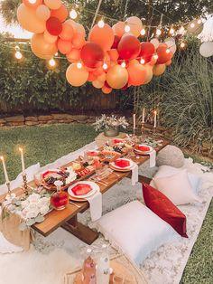 Backyard Party Decorations, Backyard Birthday Parties, Picnic Birthday, 18th Birthday Party, Birthday Dinners, Bohemian Birthday Party, Outdoor Party Decor, Party Decoration Ideas, Bohemian Party Decorations