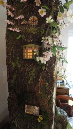 Miniature Mouse Tree Dolls House inspired by BramblyHedge
