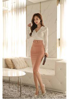 Stylish Work Outfits, Stylish Dresses, Classy Outfits, Pretty Outfits, Stylish Outfits, Elegantes Business Outfit, Elegantes Outfit, Korean Fashion Dress, Fashion Dresses