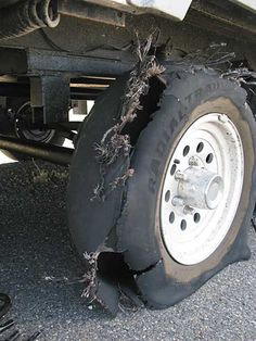 This RV Tire Blowout Tip Could Save Your Life – RV Mods – RV Guides – RV Tips | DoItYourselfRV