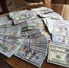 Counterfeit Money for Sale - Buy Fake Money Online My Money, Earn Money, How To Make Money, Money Girl, Money Bank, Fake Dollar Bill, 100 Dollar, Passport Online, Whatsapp Text