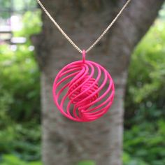 """Virtox's Printed Subatomic Particle Jewelry: """"Strange"""" Quark Necklace. Best Picture For printing diy For Your Taste You are looking for something, and it. Impression 3d, Stylo 3d, 3d Printing Diy, 3d Printed Objects, 3d Printed Jewelry, 3d Prints, Jewelry Model, Pendant Jewelry, Making Ideas"""