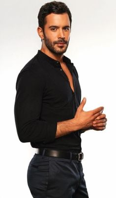 Beard Boy, Hommes Sexy, Men In Uniform, Older Men, Mens Fashion, Fashion Outfits, Actor Model, Turkish Actors, Amor
