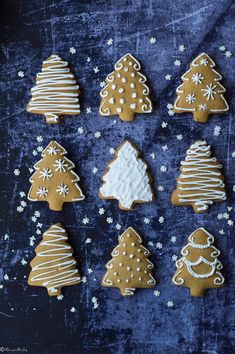 Gluténmentes mézeskalács - MennyeiMentes Holiday Traditions, Gingerbread Cookies, Goodies, Healthy Recipes, Traditional, Desserts, Christmas, Holidays, Food