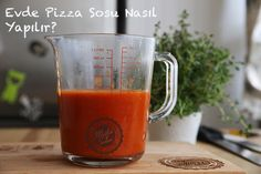 How to Make Pizza Sauce at Home? Clean Eating Challenge, Hummus Dip, How To Make Pizza, Liquid Measuring Cup, Tasty Dishes, Italian Recipes, Home Kitchens, Yummy Food, Favorite Recipes