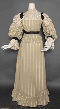 Cotton day dress, circa 1895.  Augusta Auctions, April 8, 2015, New York NY (Lot 105)
