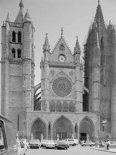Leon, fotos antiguas, catedral.